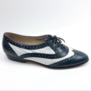 Vintage 1980s Navy Blue and White Spectator Shoes